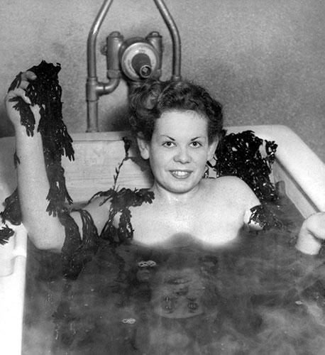 white-rock-baths-seaweed
